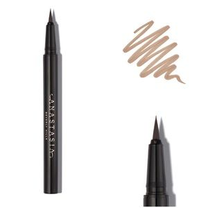 Fine Tipped Brow Pen - Blonde
